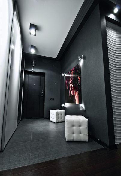 Дизайн стен в темной прихожей