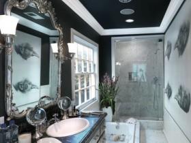 Темный комод в ванной комнате