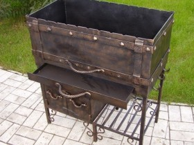 Interesting design of the grill made of metal