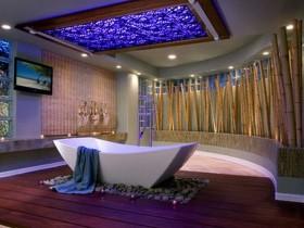 Bathroom high-tech