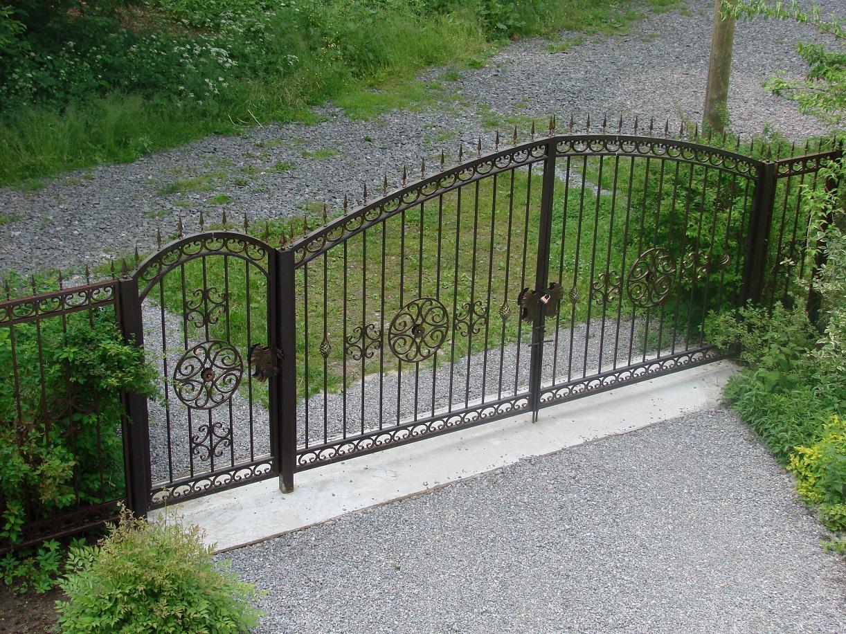 Ворота и калитку из профнастила своими руками
