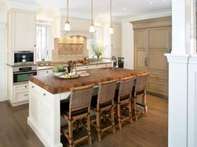 Ренесанс в інтер'єрі кухні