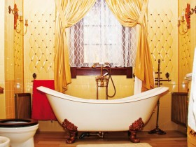 Bathroom in Renaissance style