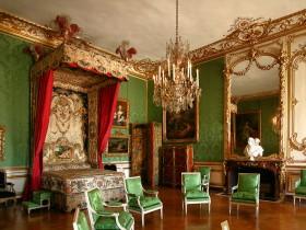 Вишукана спальня в стилі Ренесанс