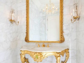 Washbasin in Renaissance style