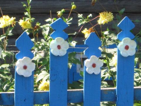 Забор для дачи своими руками из подручных