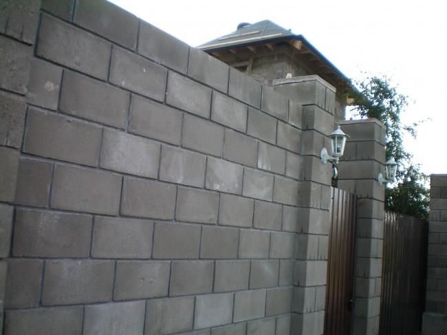 Построение бетонного ограждения из блоков