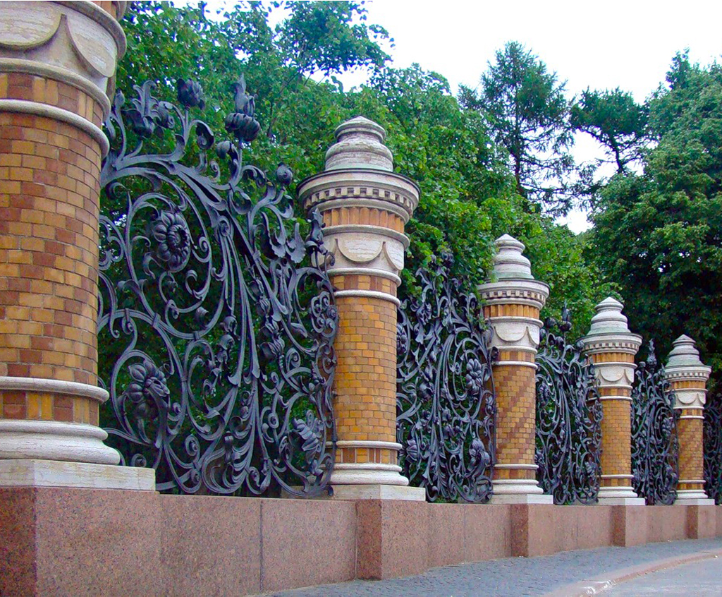 Забор из живой изгороди своими руками